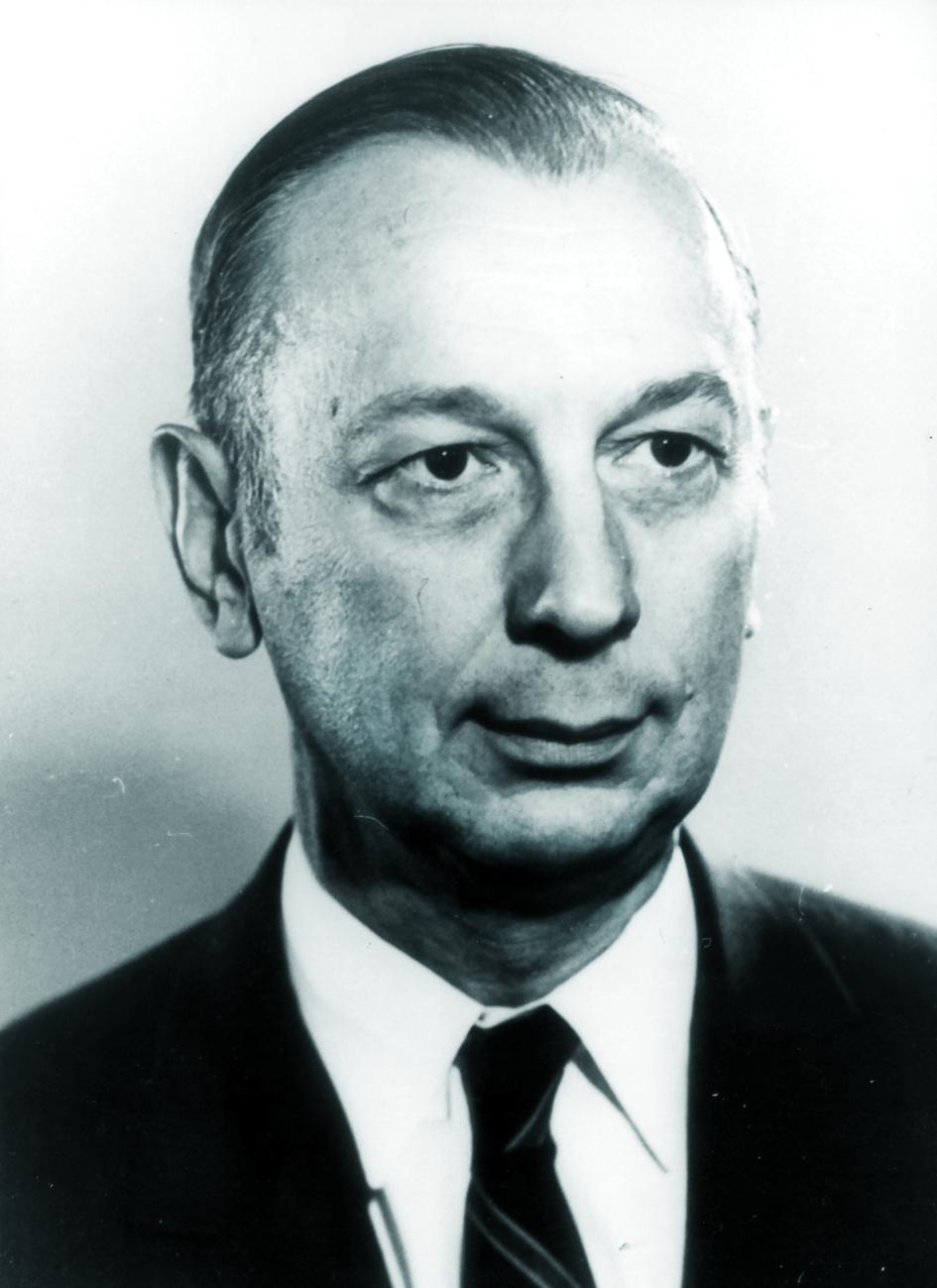 Portraitfoto von Herrn John Coltman.