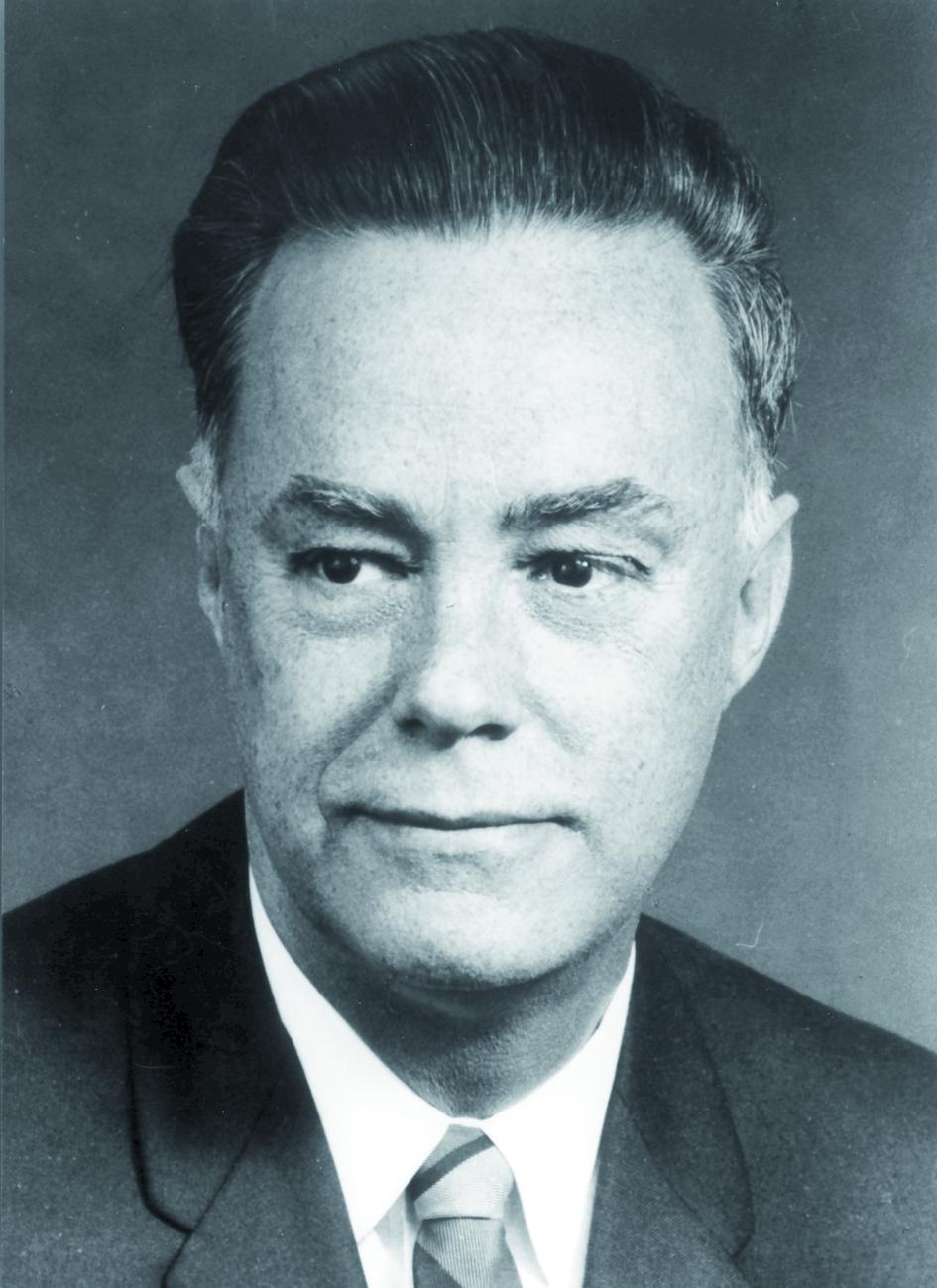 Portraitfoto von Herrn Ruseel Henry Morgan.