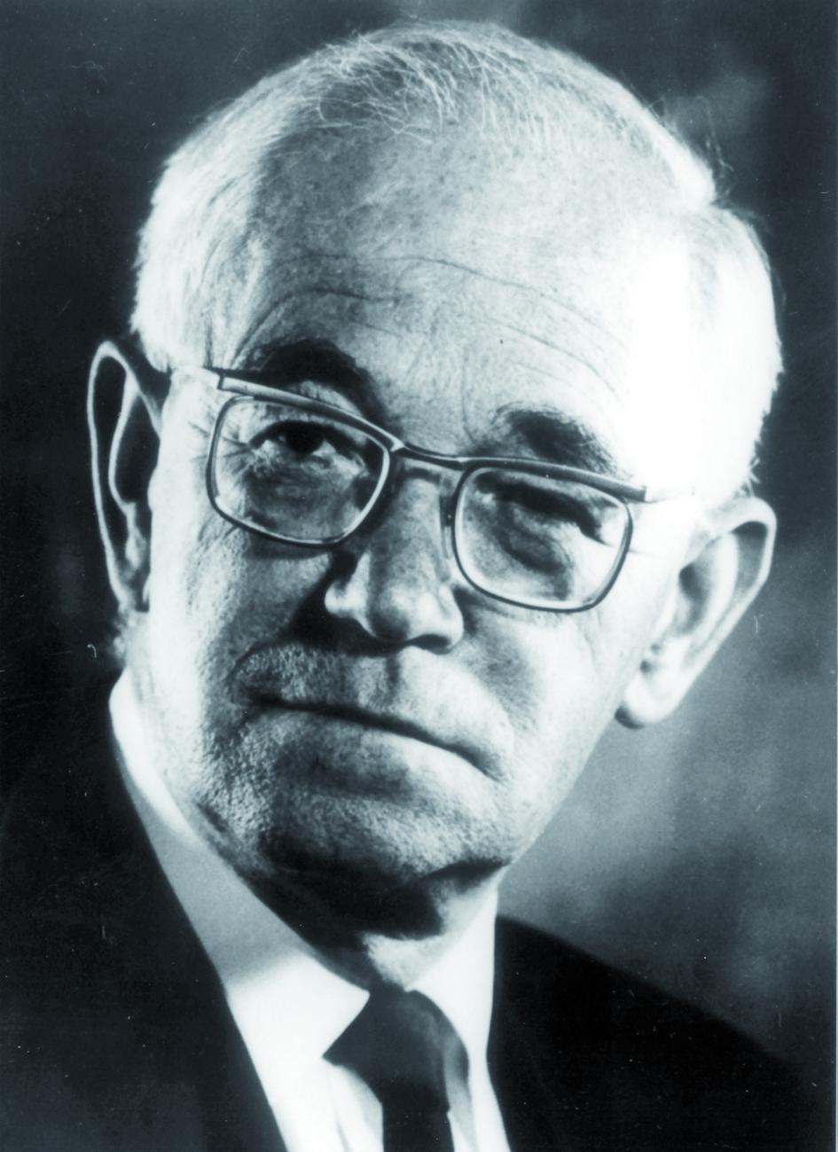 Portraitfoto von Herrn Ellis Cosslett.