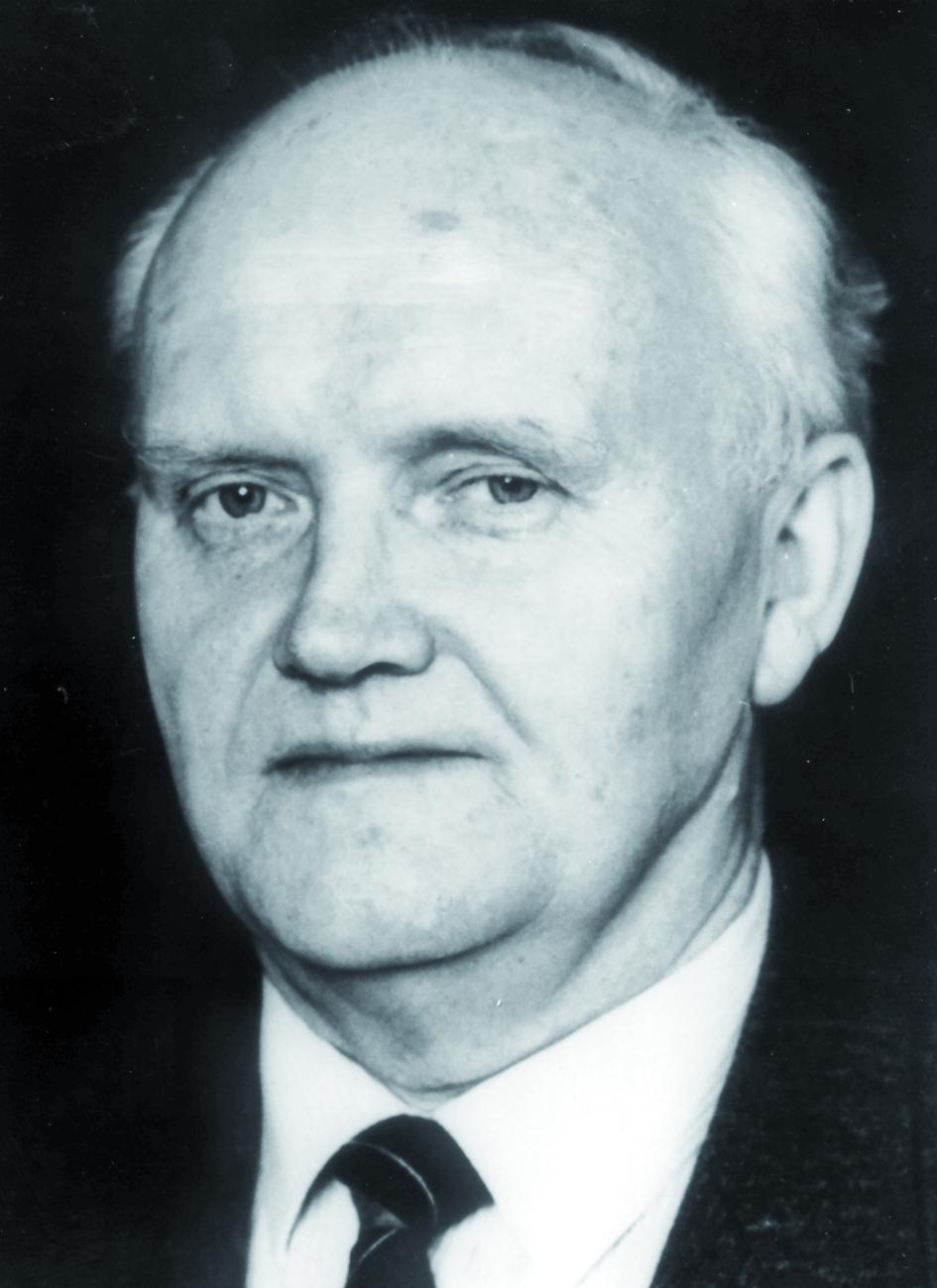 Portraitfoto von Herrn Max Scheer.