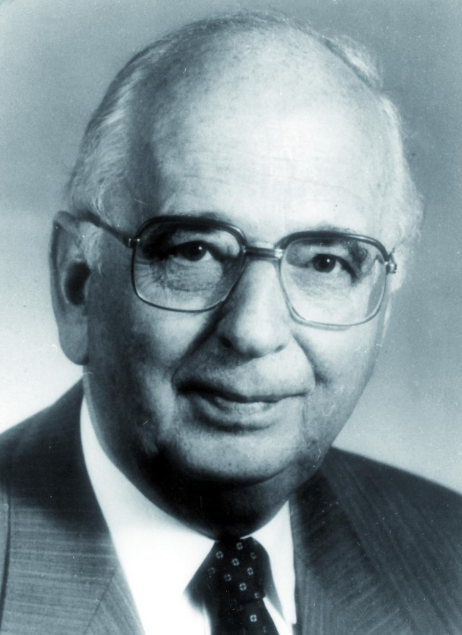 Portraitfoto von Herrn Hans-Stefan Stender.