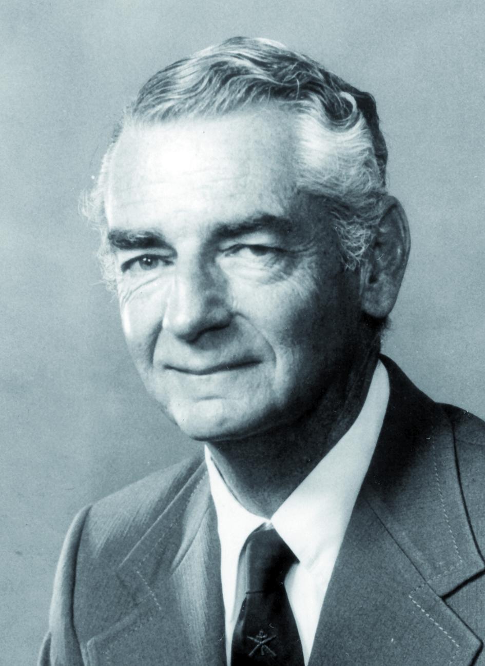 Portraitfoto von Herrn Davis-Philip-E. Palmer.