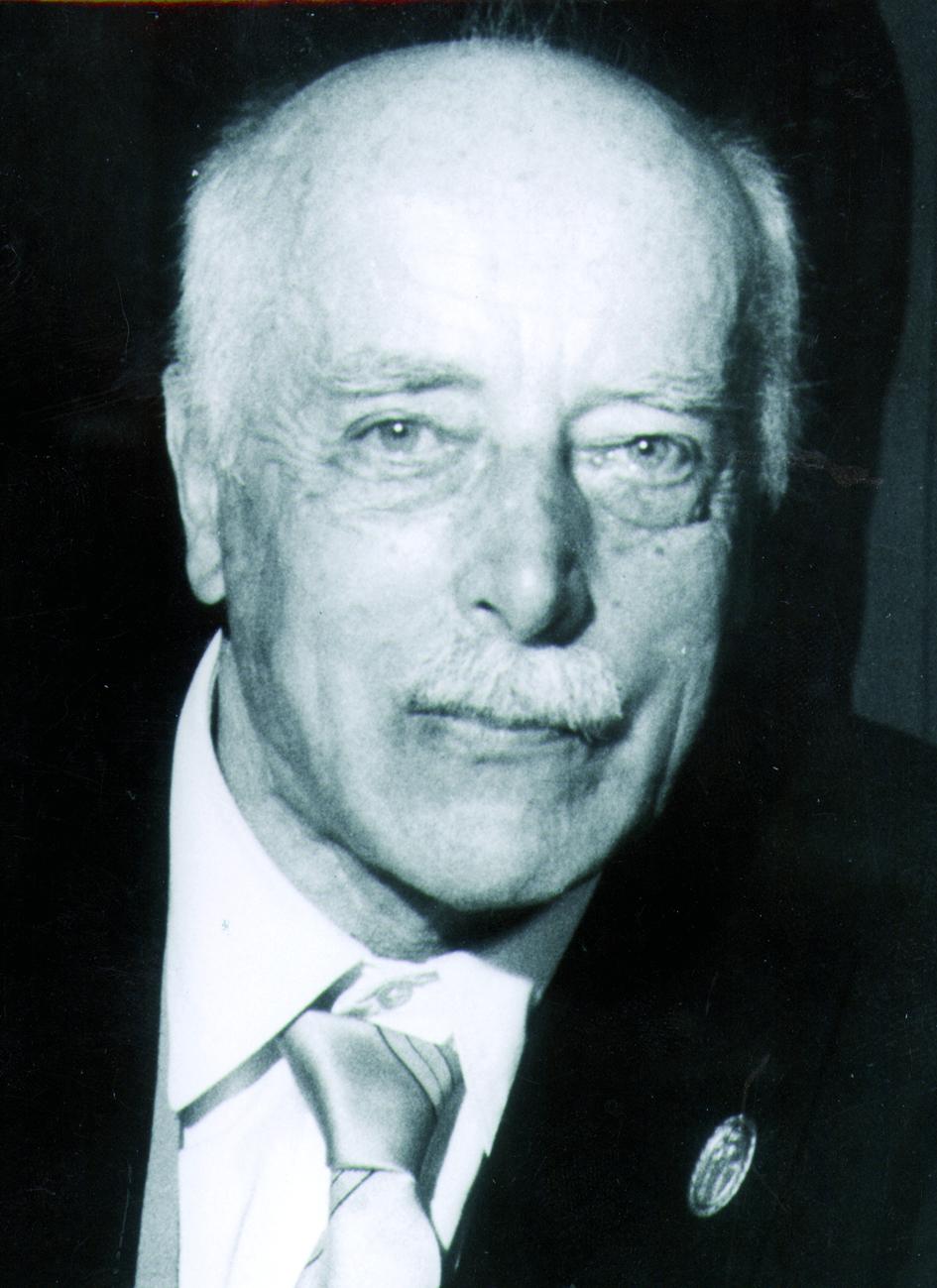 Portraitfoto von Herrn Max von Laue.
