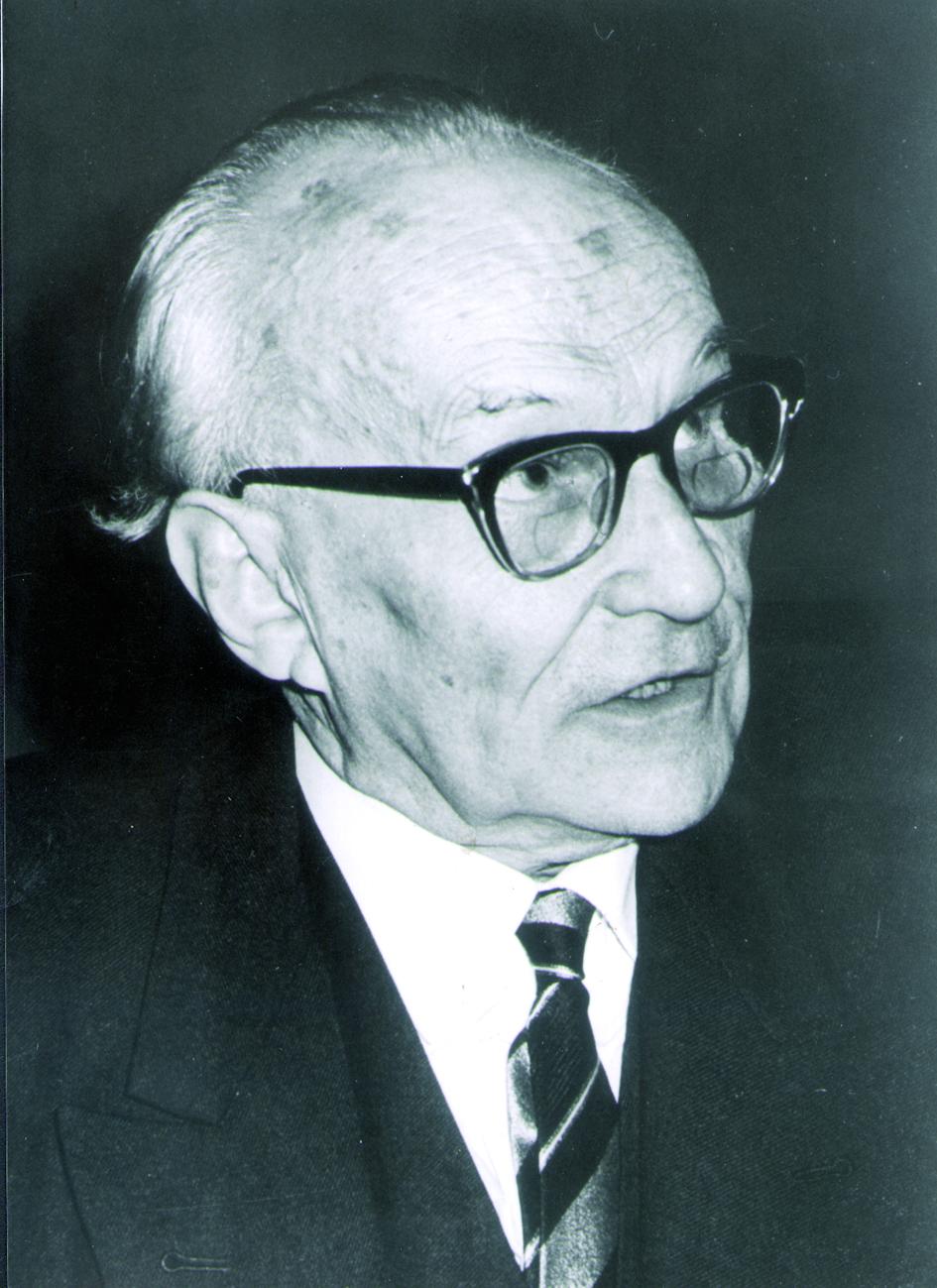 Portraitfoto von Herrn Heinz Lossen.