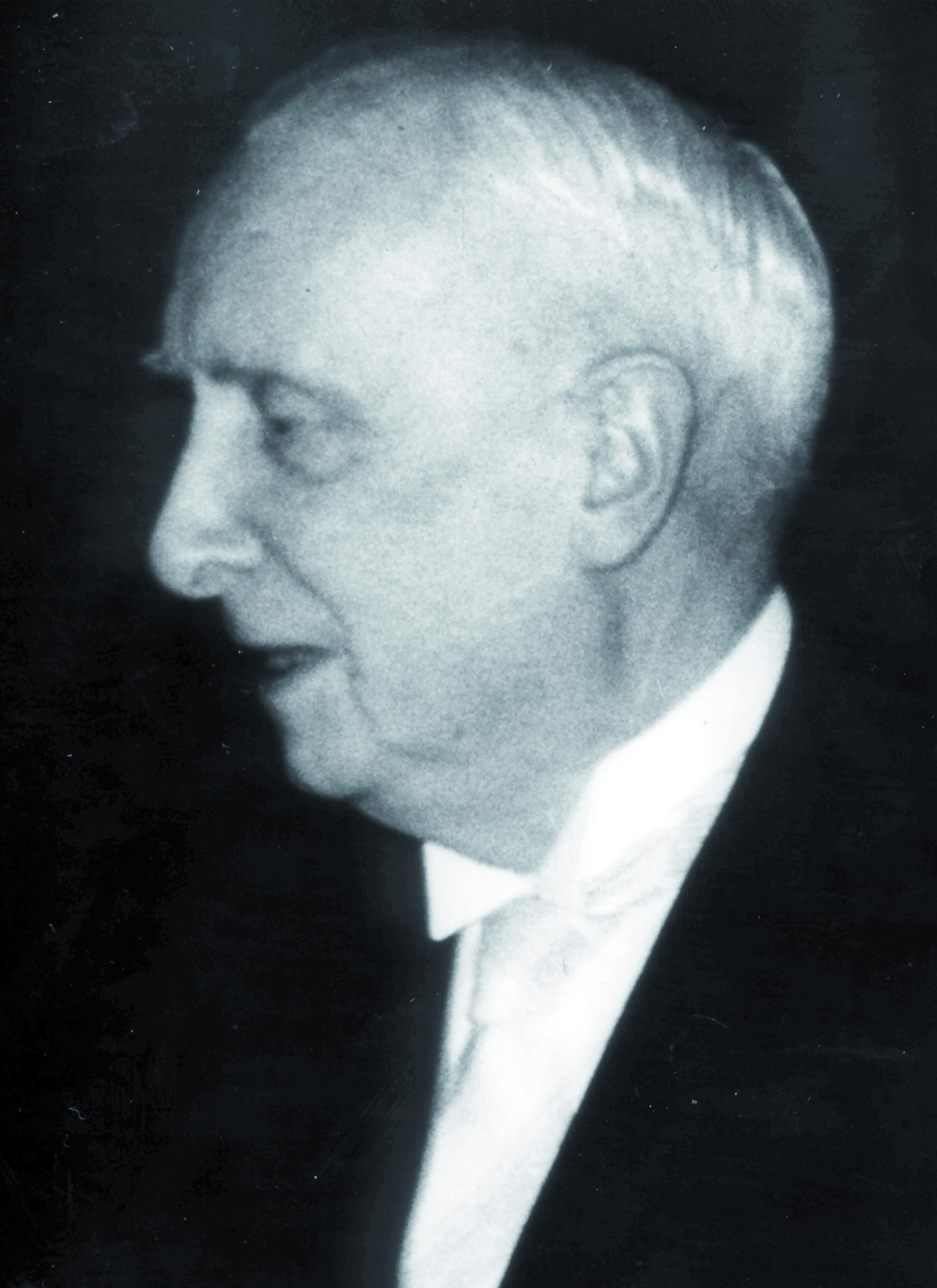 Portraitfoto von Herrn Richard Seifert.