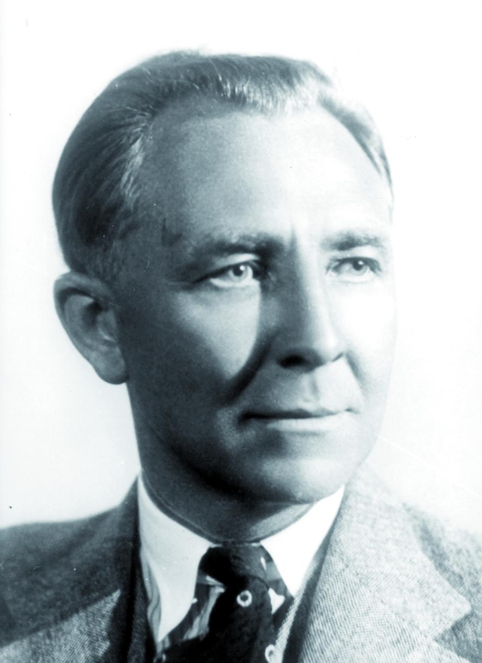 Portraitfoto von Herrn Albert Bouwers.