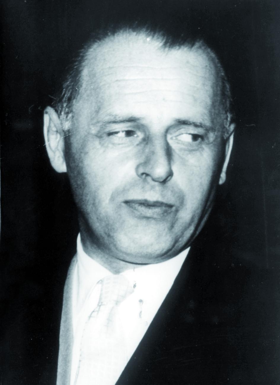 Portraitfoto von Herrn Walter Frey.
